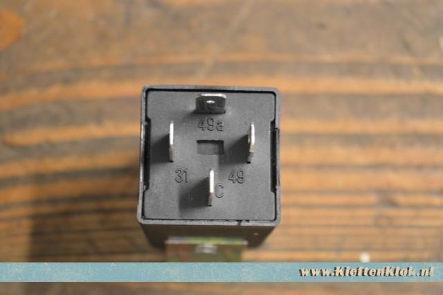 Knipperlicht relais 4 polig